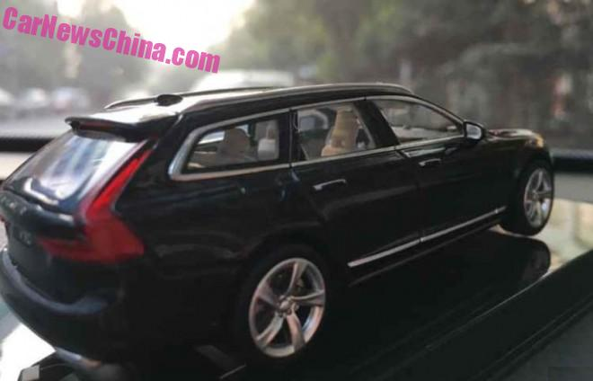 volvo-v90-liquid-blue-9a