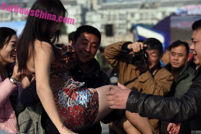 china-car-girl-jiangsu-4