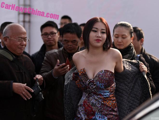 china-car-girl-jiangsu-5a