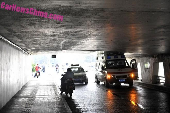 ambulance-china-bridge-5