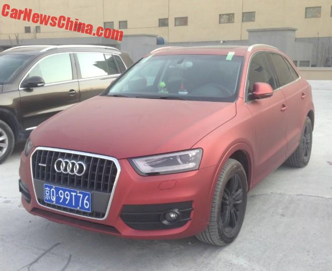 Audi Q3 is matte dark red in China