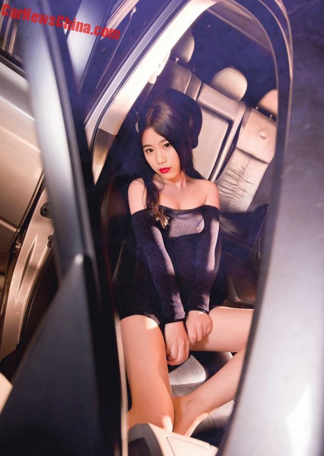 china-car-girls-suv-2