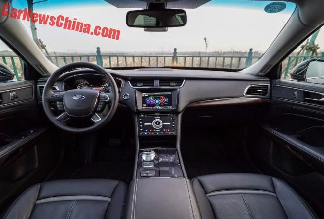 ford-taurus-china-2a