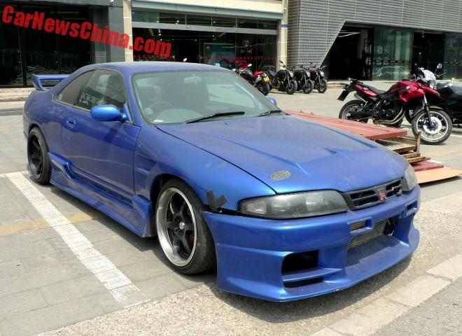 Nissan Skyline GT-R is a blue Drift Car in China