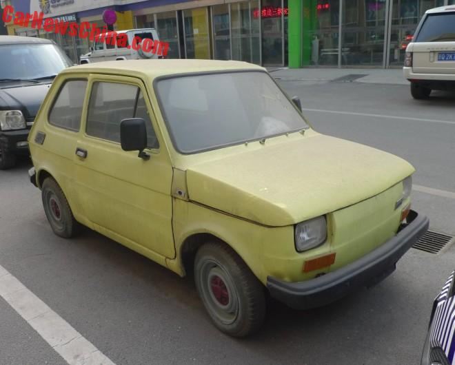 Polski Fiat 126P is yellow and dusty in China