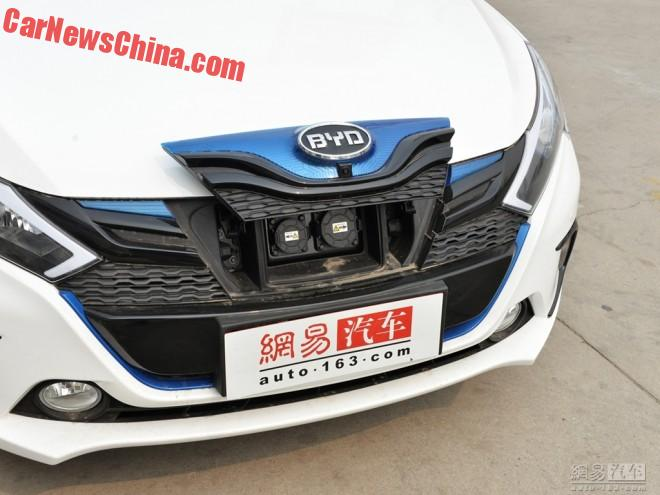 byd-ev300-china-1a