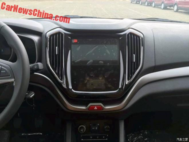changan-cx70-china-4
