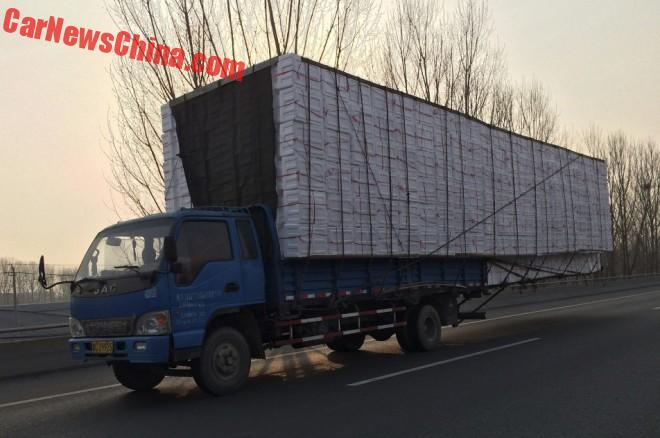 china-truck-overhang-5