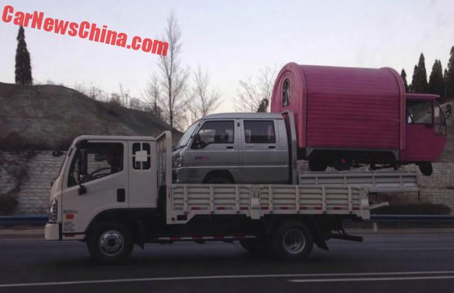 Transporting the Three-wheeler the Chinese Way