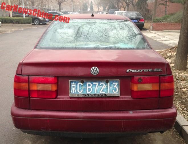 volkswagen-passat-red-4