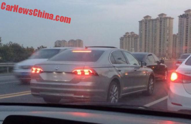 Spy Shots: Volkswagen Phideon naked on the Road in China