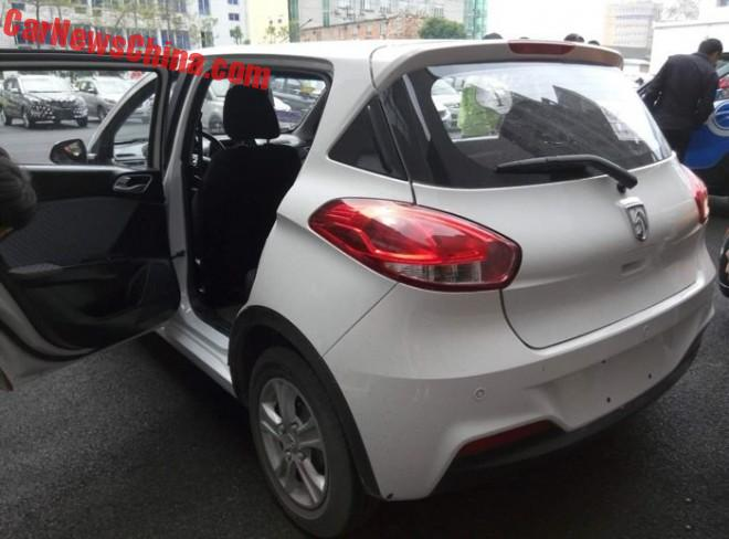 baojun-310-china-red-5