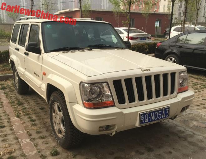 Spotted in China: Beijing Benz-Chrysler Jeep 2700