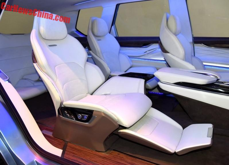 shanghai maxus d90 concept suv launched on the beijing auto show. Black Bedroom Furniture Sets. Home Design Ideas