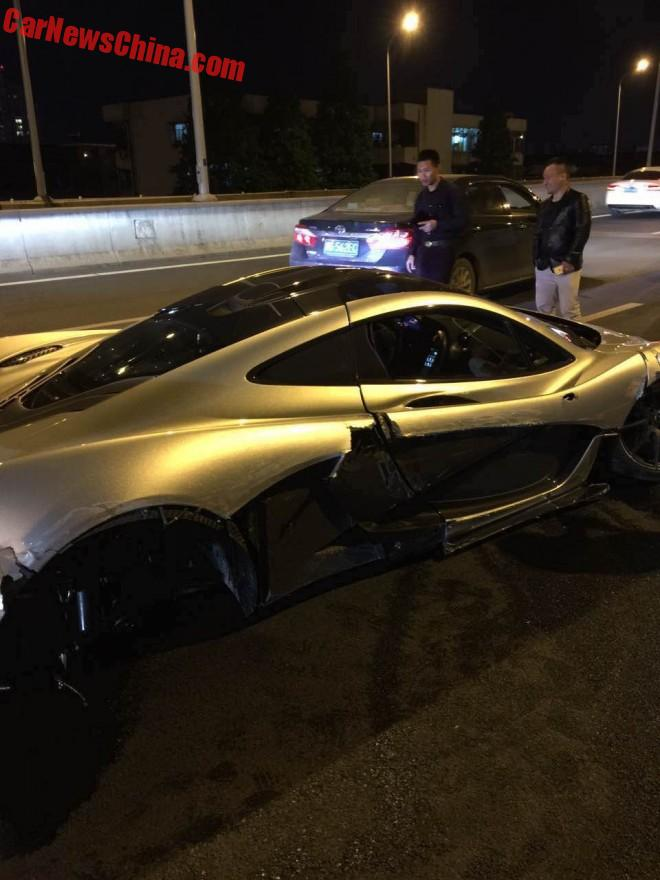 mclaren-p1-crash-china-2