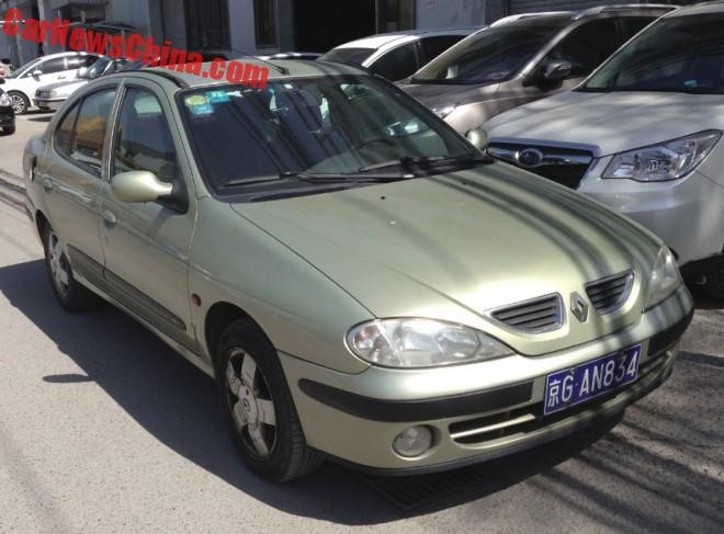 Spotted in China: first generation Renault Megane Classic