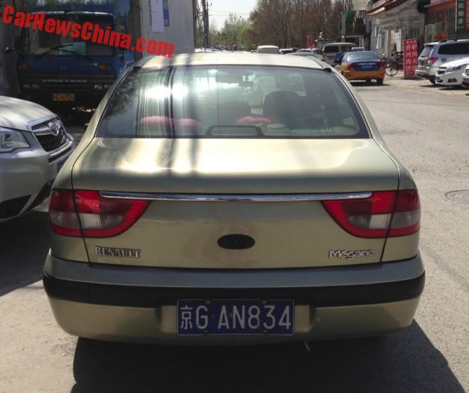 renault-megane-sedan-china-9