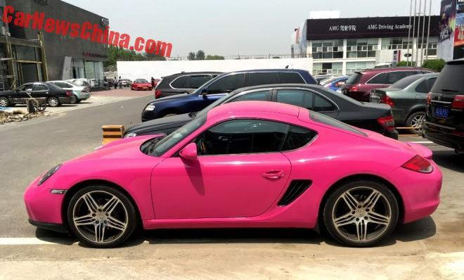 pink-porsche-china-2
