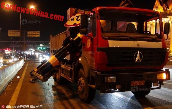 truck-pole-1