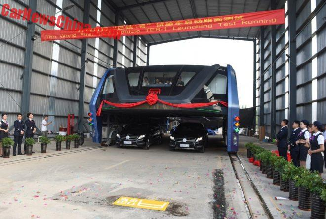 elevated-bus-china-2
