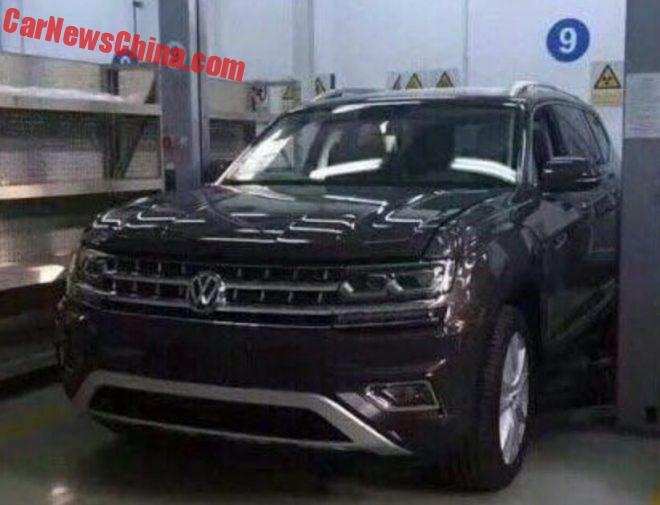 Spy Shots: Volkswagen Teramont Is Completely Naked In China
