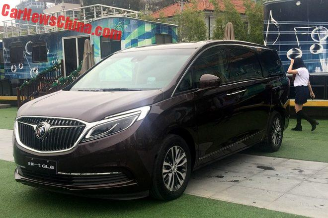buick-gl8-out-8
