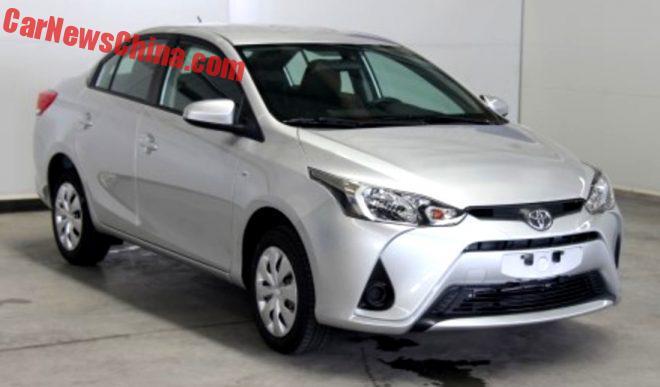 toyota-yaris-l-sedan-1