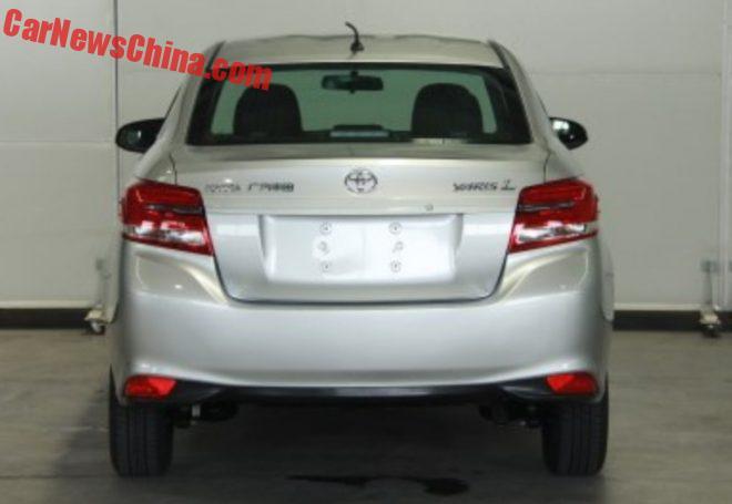 toyota-yaris-l-sedan-3