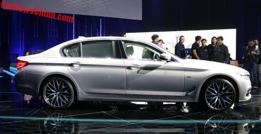 Long Wheelbase BMW Series Li Launched On The Shanghai Auto Show In - Bmw car show