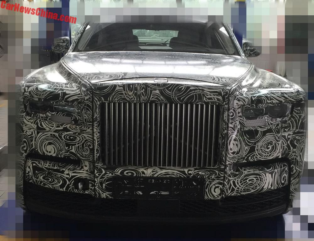 2018 Rolls-Royce Phantom Spied In China, Interior Revealed ...